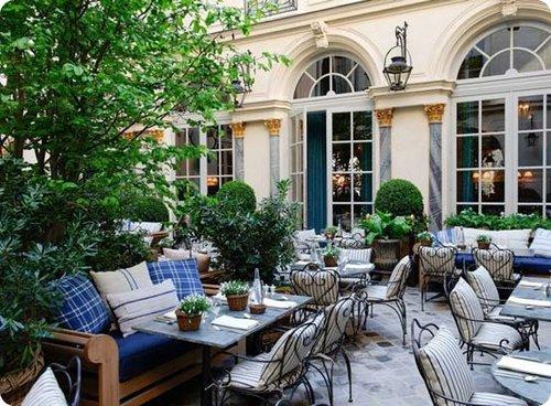 Top 10 des restaurants romantiques à Paris