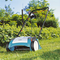 Scarificateur de pelouse : quand doit on scarifier le gazon ?