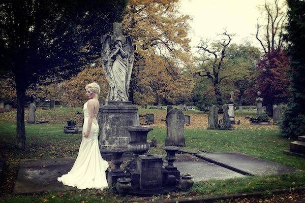 Halloween Wedding special Vampire brides - Lara Celenza - LaFianceeduPanda 7