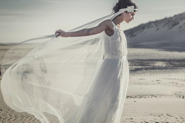 Laure de Sagazan robe de mariee Marivaux voile Merimee 2014 - LaFianceeduPanda.com
