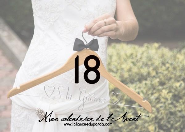 cintre personnalise mariage - Yellow Photographie - LaFianceeduPanda.com