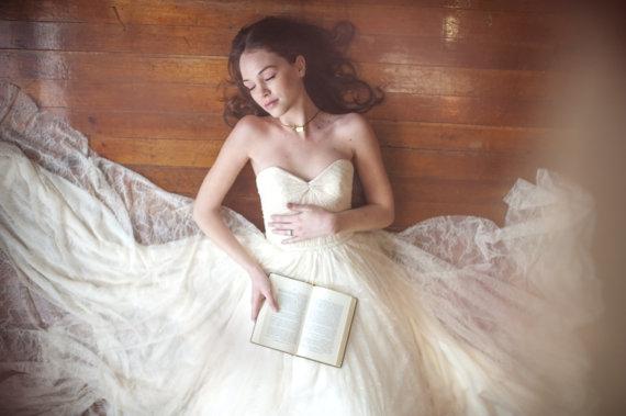 Robe de mariee Etsy sequins - La Fiancee du Panda Blog mariage 6