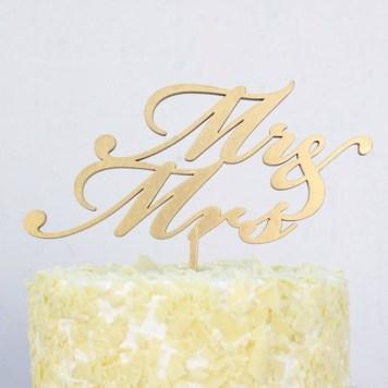 Cake-topper-monsieur-madame-OhDierLiving-Etsy-La-Fiancee-du-Panda-blog-Mariage-et-Lifestyle