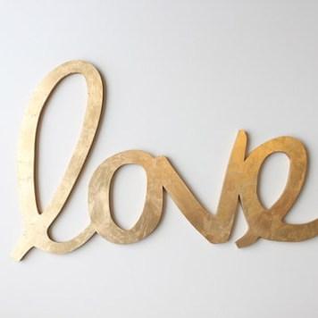 Lettres-or-love-hostandtoaststudio-Etsy-La-Fiancee-du-Panda-blog-Mariage-et-Lifestyle