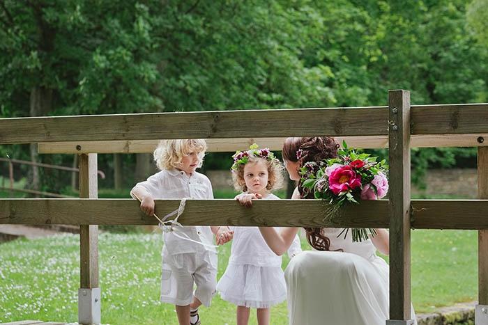 Shooting inspiration deco mariage rouge et blanc classique chic - Harmonia Events - Photo Maria Heinish photography -  - La Fiancee du Panda Blog mariage-15