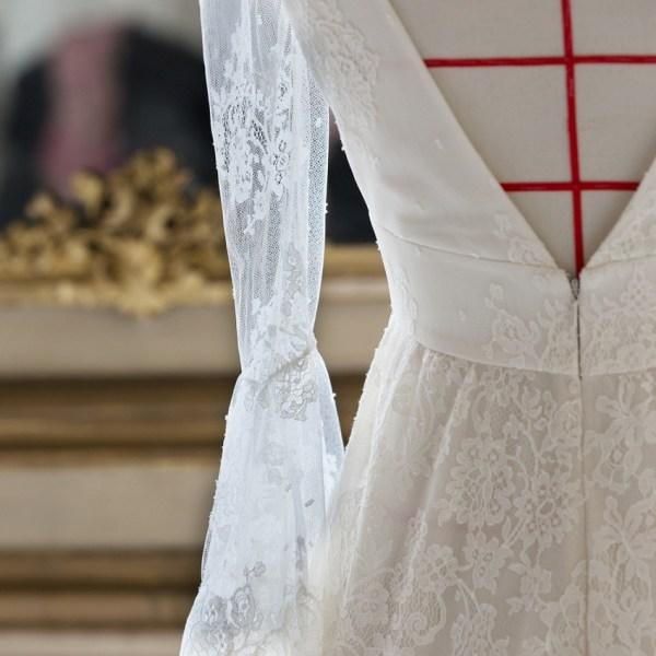 Delphine Manivet x Guerlain Robe de mariee manches dentelle - La Fiancee du Panda blog mariage