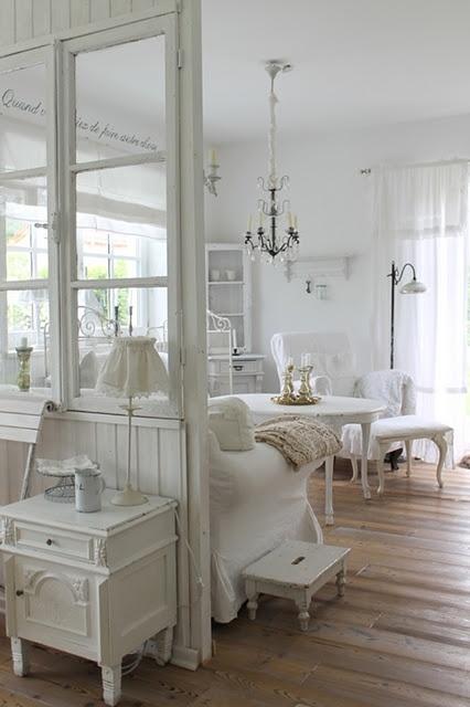 Le pareti vetrate i vantaggi di averle in casa  La Figurina