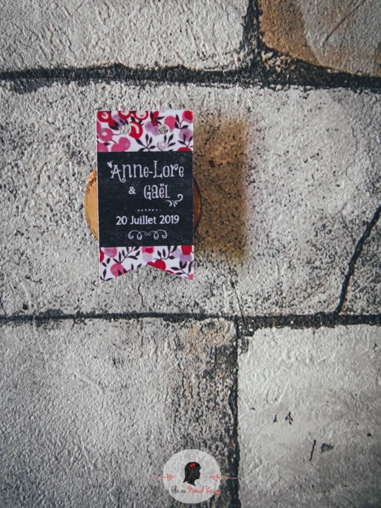 La fille au Noeud Rouge - décoration papeterie mariage champêtre vintage liberty ardoise étiquette dragée