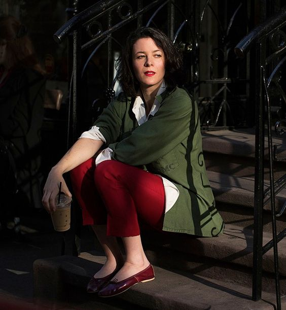 Conseils pour bien porter et associer la couleur kaki for Quelle couleur avec du rouge