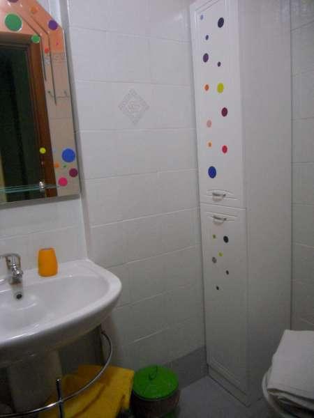 bagno con doccia  La Finestra di Stefania