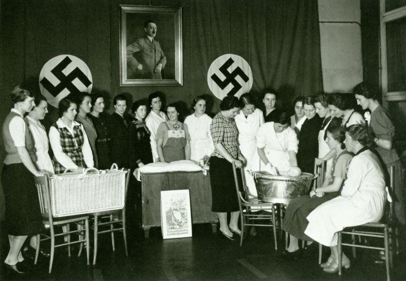 NS-Frauenschaft