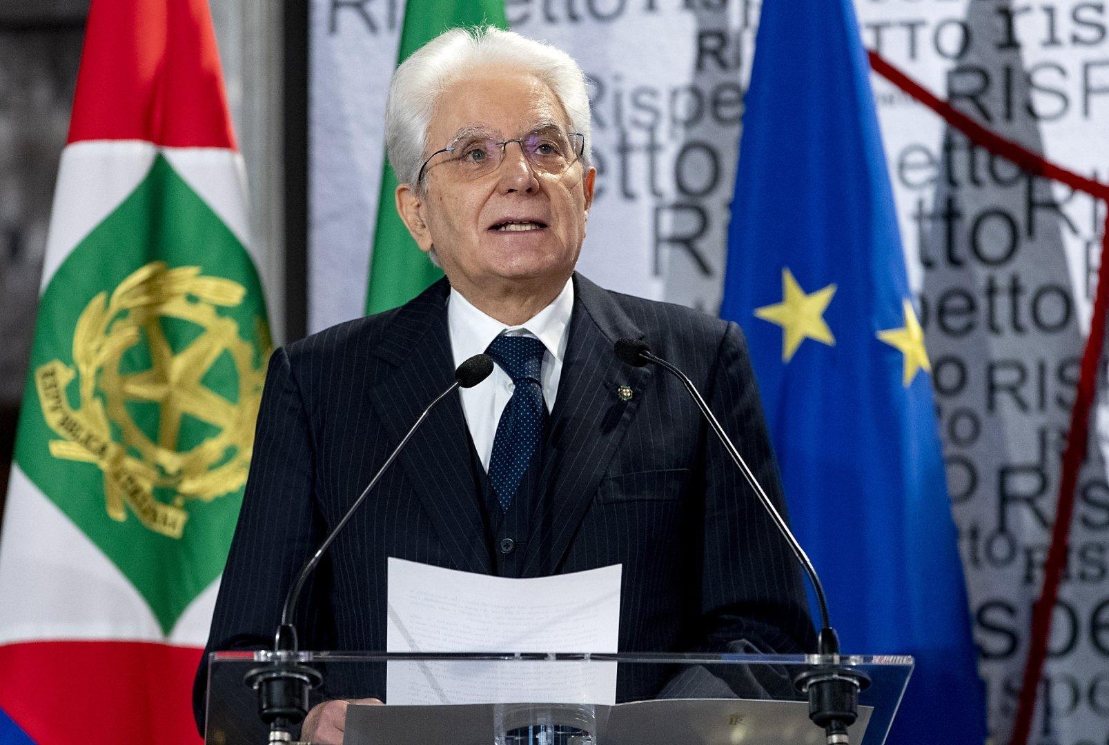 Le cattive amicizie del Presidente Sergio Mattarella