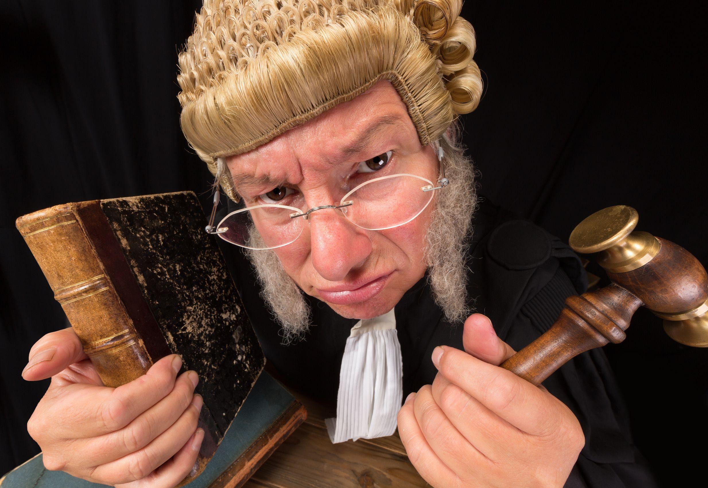 Magistratura da incubo: una storia vera a puntate (4)