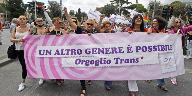 manifestazione trans