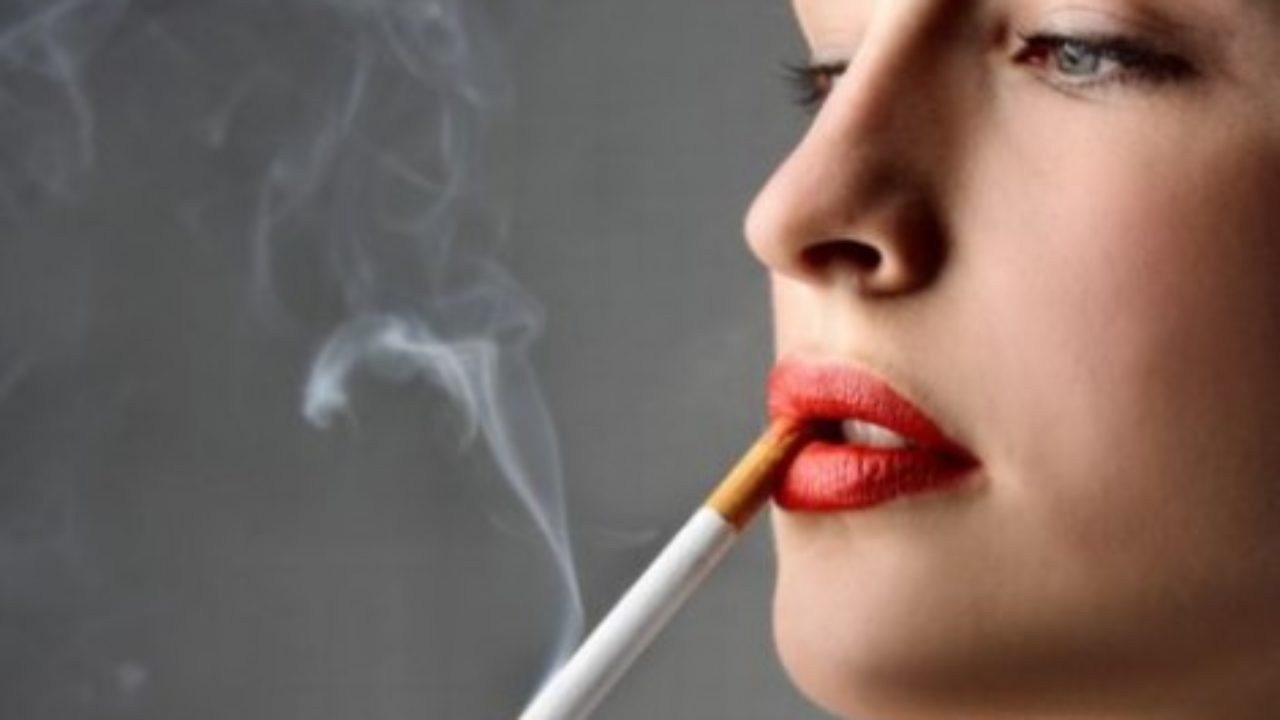 Femminismo e consumismo: le sigarette che emancipano