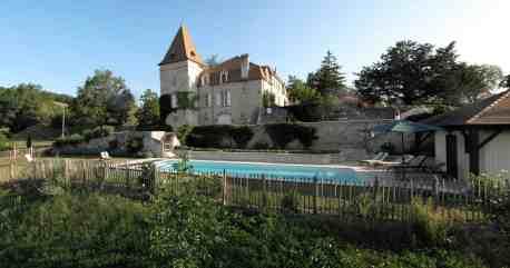 La piscine et le château