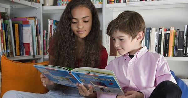 La franquicia Kumon celebra el Día de las Bibliotecas con lecturas para los más jóvenes