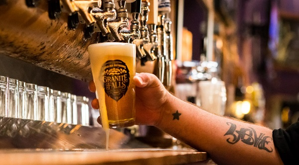 Franquicias de cervecerías modernas: 10 bares revolucionarios para nuevos empresarios