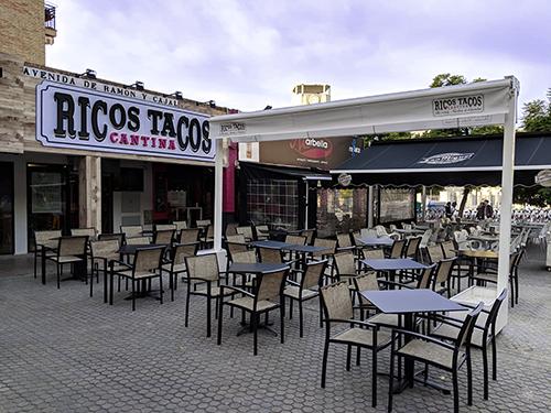 """El concepto """"Mexican Fusion"""" aterriza en Sevilla de la mano de la franquicia Ricos Tacos"""