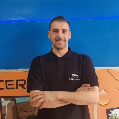 Entrevista a Denis Alcaraz, fundador gerente de la franquicia Ecochelimpio.es