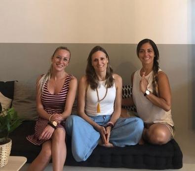 3 mujeres emprendedoras comparten la experiencia de abrir y dirigir su propia franquicia YogaOne
