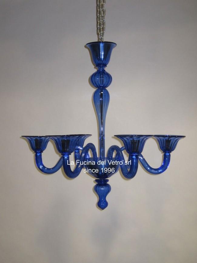lampadario classico veneziano realizzato interamente a mano dai nostri maestri vetrai secondo l'antica tradizione del vetro di murano. Lampadario In Vetro Di Murano Moderno Pastorale Colorato Vers 2