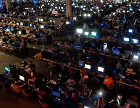 QuakeCon 2016 :: Paneles y Conferencias