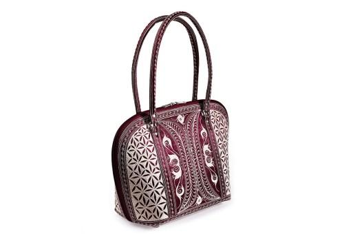 Laga handcrafted vegan handbag embroidered Harapan medium