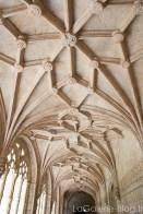 Travail sur le plafond du monastère