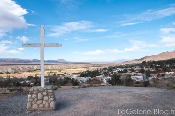 point de vue cachi avec la croix