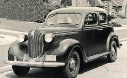Plymouth 1937