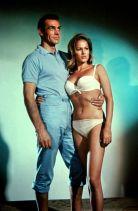 """Sean Connery et Ursula Andress dans """"James Bond contre Dr No"""""""