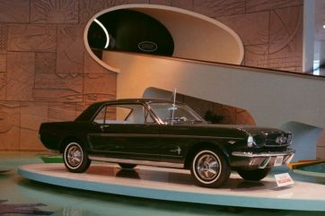 Ford Mustang - 1964