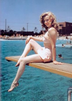 Marilyn Monroe en 1949 au Racquet club de Palm-Springs