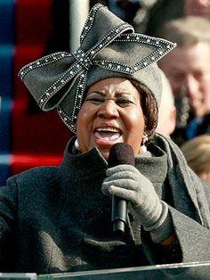 En 2009, Aretha Franklin chante My Country 'Tis of Thee lors de la cérémonie d'intronisation de Barak Obama.