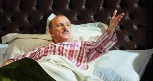 Carlo Buccirosso in La rottamazione di un italiano perbene. Foto di Gilda Valenza
