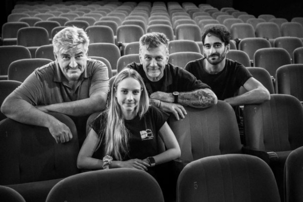 Alessandro d'Alatri con Antonio Milo, Adriano Falivene ed Elisabetta Mirra per Mettici la mano al Teatro Diana