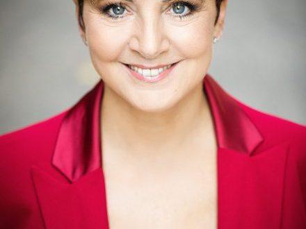 Debora Villa: il mio ritorno al teatro
