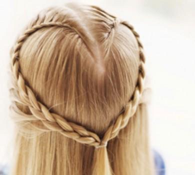 Lee más sobre el artículo <!--:es-->Peinados y Trenzas.  Sin Cabeza no hay Estilo<!--:--><!--:ca-->Pentinats i Trenes.  Sense Cap no hi ha Estil<!--:--><!--:en-->Braid Hairstyle.  No head No Style<!--:-->