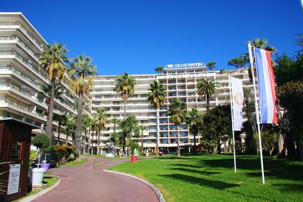 Superbe appartement  vendre dans les rsidences du Grand Htel  Cannes  LAppartement du