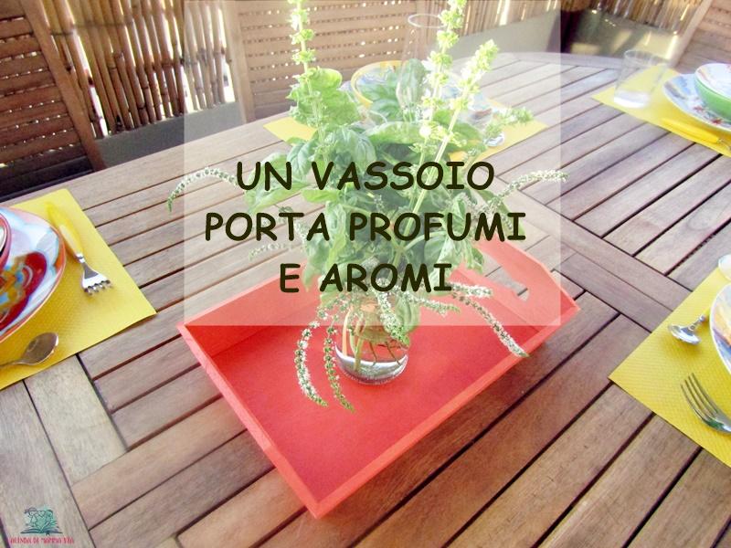 Vassoi In Legno Con Vetro : Come decorare un vassoio in legno con laiuto di un piccolo