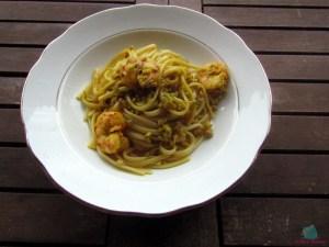 Pasta e fantasia linguine ai gamberi con pistacchi cucinate da L'Agenda di mamma Bea