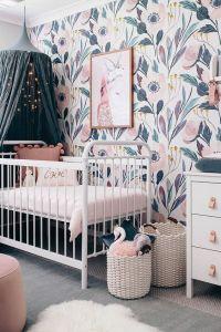 7 stanze multicolore con carta da parati floreale pensate da L'Agenda di mamma Bea