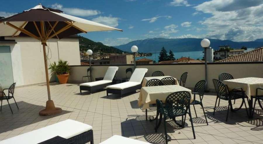 Lake Garda Hostel  Sal  Lago di Garda