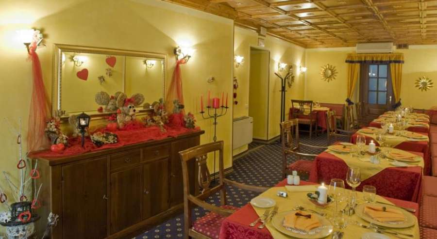 Hotel Borgo dei Poeti Wellness Resort  Manerba  Lago di