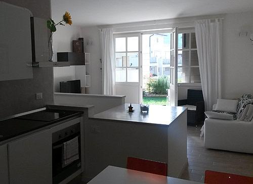 Apartments Manuela  anche affitto stagionale  Garda