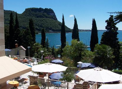 Hotel Excelsior Le Terrazze  Garda  Gardasee