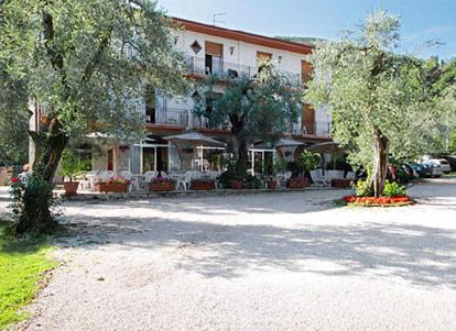 Hotel Zanetti  Torri del Benaco  Lago di Garda