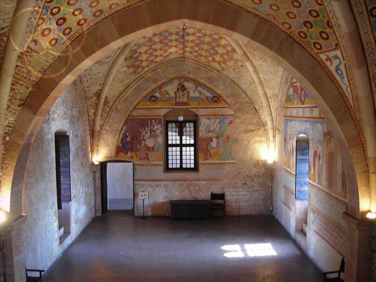 Angera e la Rocca Borromeo custodi del Lago Maggiore