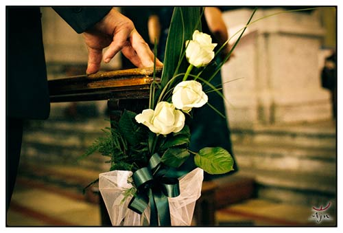 fiori-addobbo-banchi-chiesa